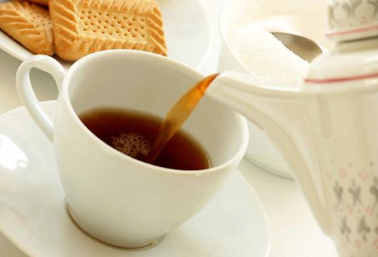 Hər gün içdiyimiz çay bu 7 XƏSTƏLİYƏ ÇARƏDİR